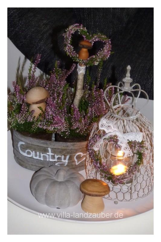 Romantischer Landhausstil mit Heidekraut