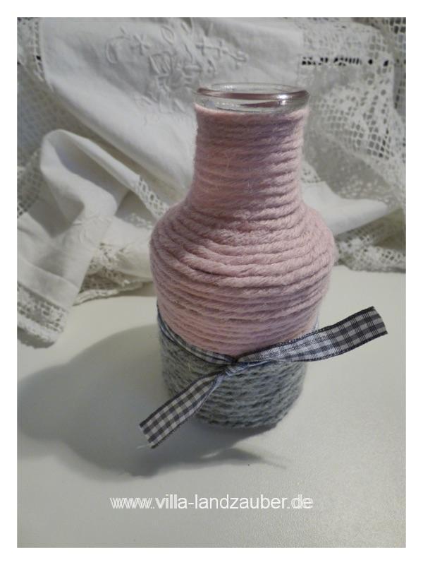 upcycling vasen aus wolle villa landzauber. Black Bedroom Furniture Sets. Home Design Ideas